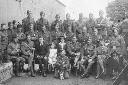 Photograph of World War One soldiers in Loanhead