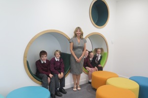 Jo Wilson with Roslin pupils on first day